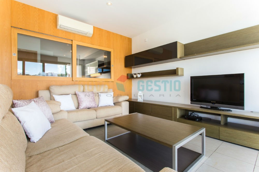 Haus am Meer zu vermieten in Cala Mandia : : AD380CMEN-ADE