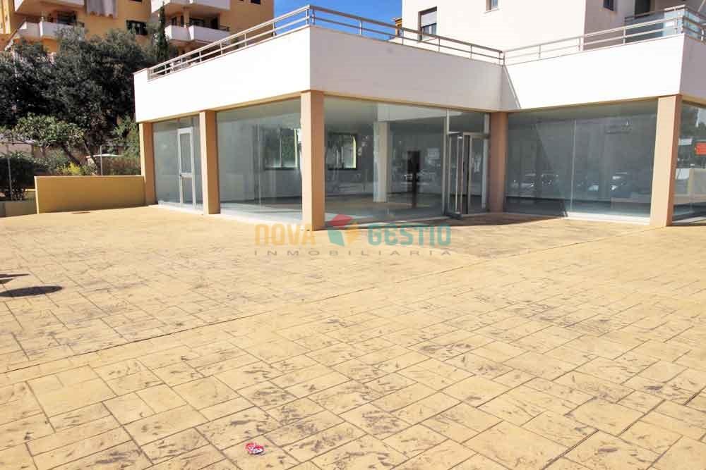 Se alquila local en Cala Millor : : LO511CMI-AES