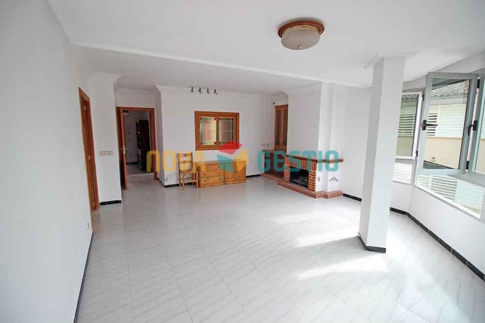Amplio piso en alquiler en Manacor : : PI537MA-AES