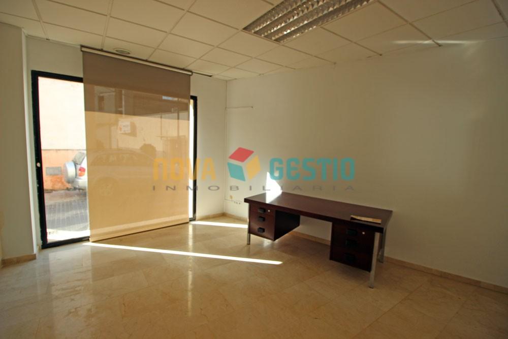 Geschäftsräume in Manacor zu vermieten : : LO583MA-ADE