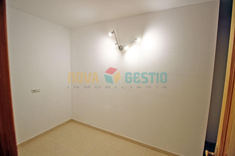 Amplio piso en alquiler en Manacor : : PI702MA-AES