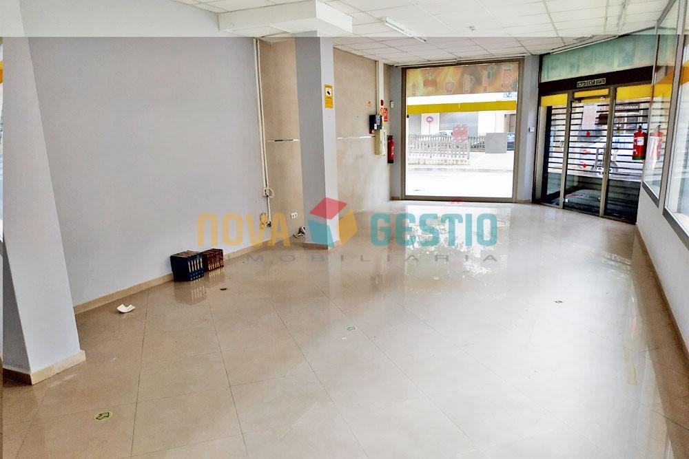 Local en el centro de Manacor en alquiler : : LO866MA-AES